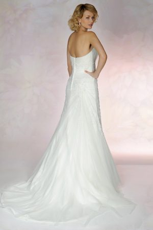 Mirfield Wedding dress Shop To have and To Hold, Tia Wedding dress 5562